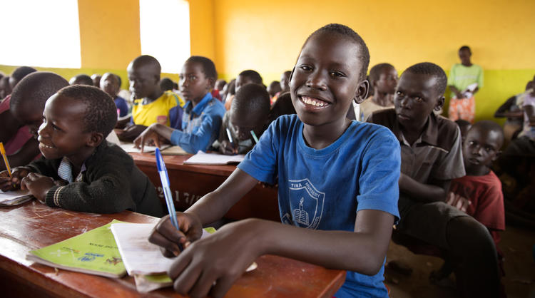 World Vision providing education for refugee students